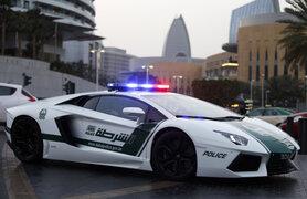 FOTOS : los lujosos autos de la policía de Dubai