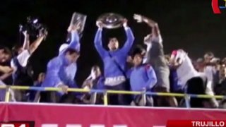 Bloque Deportivo: así fue el multitudinario recibimiento a los jugadores de César Vallejo