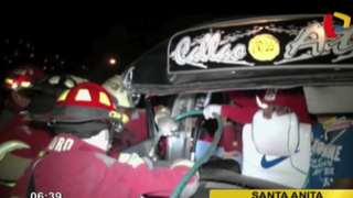 En carrera por pasajeros: choque de combi contra bus deja dos heridos en Santa Anita