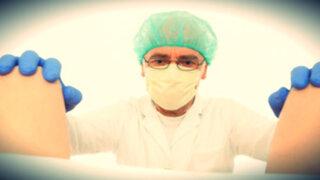 Adolescente de 17 años se hace pasar por ginecólogo durante un mes
