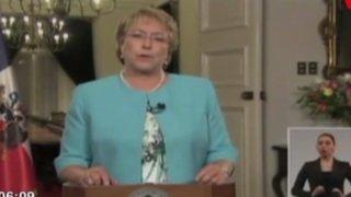Chile: Michelle Bachelet anuncia elaboración de nueva constitución