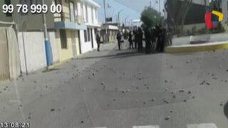 WhatsApp: manifestantes antimineros atacan con piedras comisaría de Islay