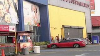 Surco: dos heridos por explosión de tablero eléctrico en supermercado
