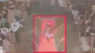 Ritual mortal en la India: sacerdote muere al caminar sobre brasas