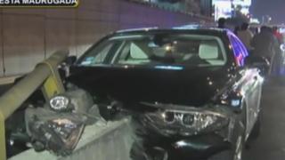 Abogado choca moderno auto en San Luis: testigos señalan que habría estado ebrio