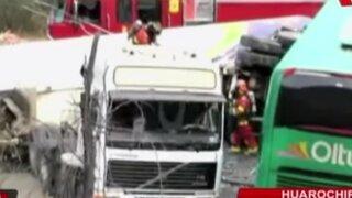 Choque entre bus interprovincial y cisterna deja dos muertos en Huarochirí