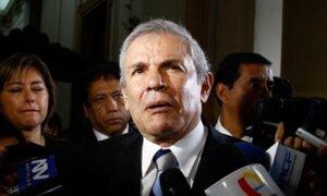 Aprobación de Luis Castañeda descendió 8 puntos y llegó a 50%