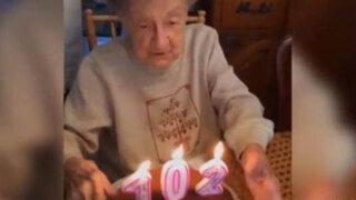 VIDEO: abuelita pierde dentadura al soplar velas por su cumpleaños