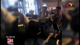 WhatsApp: sujeto ebrio golpea a mujer delante de los efectivos del Serenazgo