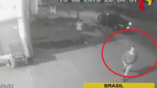 Brasil: cámara de seguridad registra cómo mujer asesina a su expareja