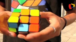 El cubo mágico: peruanos muestran sus habilidades con el rompecabezas mecánico