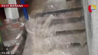 Rotura de tubería provoca enorme aniego en asentamiento humano del Rímac