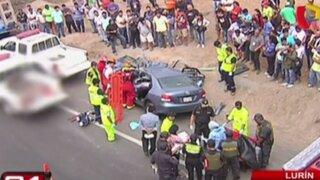 Choque de auto contra camión deja cuatro muertos en Lurín