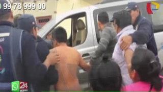 WhatsApp: vecinos desnudan y golpean a ladrón de autopartes de vehículos