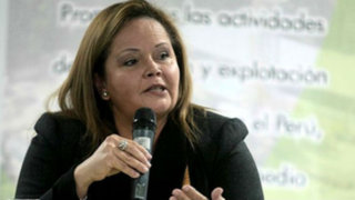 Piden renuncia de ministra de Energía y Minas por supuesto conflicto de intereses