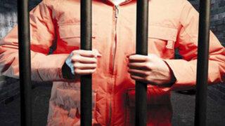 Condenan a dos cadenas perpetuas al creador de la página web 'Silk Road'
