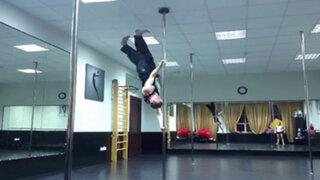 VIDEO : Den Romanov, el gimnasta que 'camina en el aire'