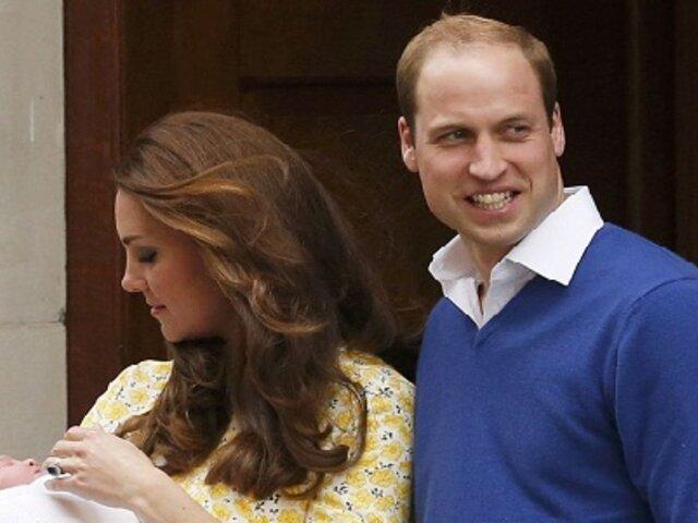 Inglaterra: duques de Cambridge revelan el nombre de su hija