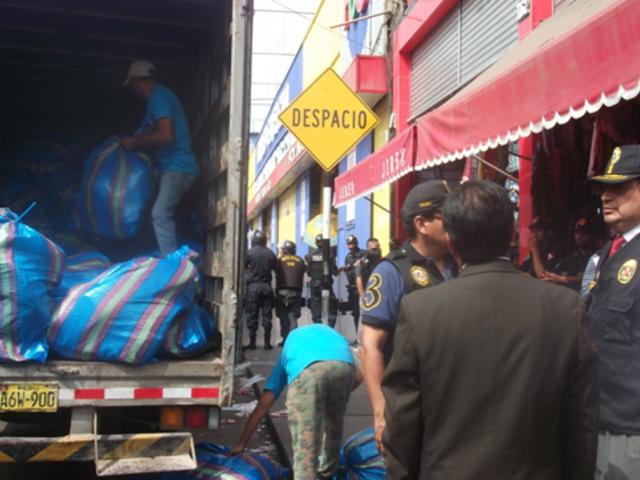 Cercado de Lima: Policía incauta gorros 'bamba' valorizados en más de S/.5 millones