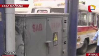 Cobrador de combi casi muere electrocutado al chocar con subestación eléctrica