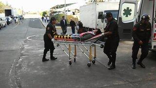 Arequipa: esposos quedaron heridos tras ser embestidos por cúster