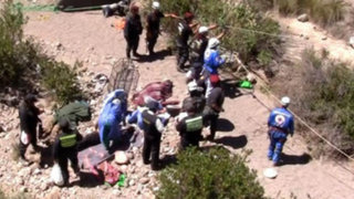 Yauyos: cuatro personas fallecieron tras caída de vehículo al abismo