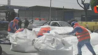 Derrame de sustancia química alarmó a conductores y transeúntes en el Callao