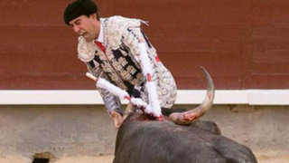 Impactantes imágenes: torero pierde un testículo tras sufrir terrible cornada