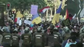 Chile: varios detenidos tras protestas de estudiantes en inicio de Copa América