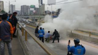 WhatsApp: así terminó el auto que se incendió esta mañana en plena Vía Expresa
