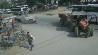 Nepal: mujer es brutalmente arrollada por un camión en Katmandú