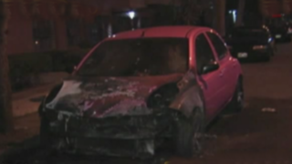 Lince: desconocidos incendiaron con bombas molotov el vehículo de modelo