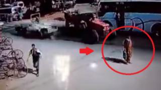 VIDEO: el accidente que está por protagonizar esta mujer te dejará helado