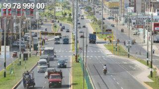 WhatsApp: paradero de la avenida Néstor Gambeta está sumido en el caos