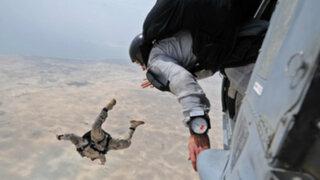 Inglaterra: paracaidista salvó a su compañero en el aire durante espectáculo