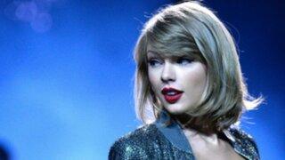 Taylor Swift se luce con nuevo amor durante concierto de Selena Gómez