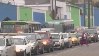 Santa Anita: conductores expresan malestar por congestión vehicular en avenida César Vallejo