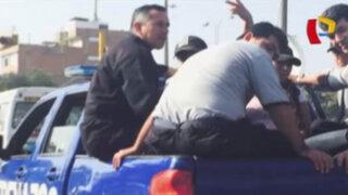 WhatsApp: serenos de Los Olivos viajan en la tolva de camioneta municipal