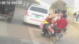 WhatsApp: policía traslada a niños en moto sin las mínimas medidas de seguridad