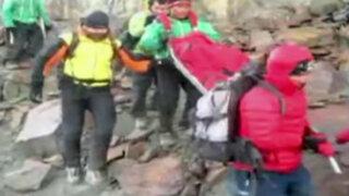 Rescatan cuerpos de montañistas extranjeros en nevado de Huaraz
