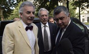 Mario Vargas Llosa se reencontró con su hijo Álvaro tras polémico romance