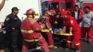 Niña grave tras ser arrollada por moto: madre afirma que conductor cometió imprudencia