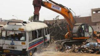 Municipio de Lima inició programa chatarreo con la destrucción de 60 vehículos
