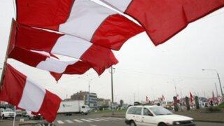 Multas por no izar la bandera en julio: ¿Cómo debe lucir nuestro símbolo nacional?