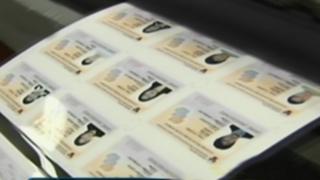 Presentan nuevo carné universitario: documento cuenta con código de seguridad QR