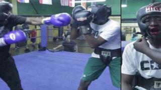 YouTube : obliga a su hijo a pelear con un boxeador por hacer bullying