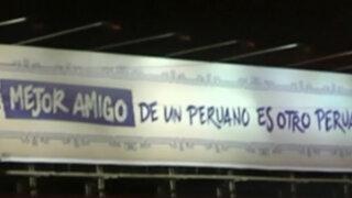 """Campaña de intriga cambia lema: """"El mejor amigo de un peruano es otro peruano"""""""