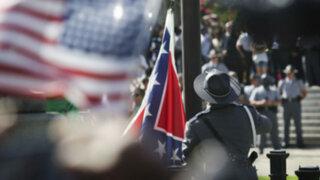 Estados Unidos: retiran bandera que era símbolo del racismo en Carolina del Sur