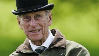El Duque de Edimburgo se molestó con fotógrafo y usó 'tremendo' término