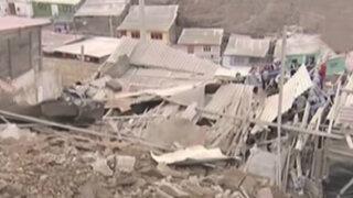 Vivienda quedó destruida tras caída de muro de contención en Ventanilla